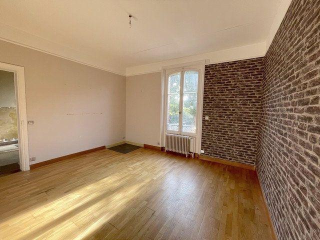 Maison à vendre 8 240m2 à Saint-Just-en-Chaussée vignette-3
