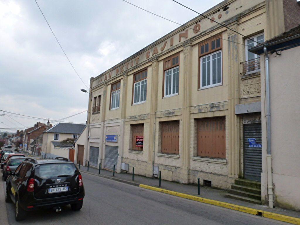 Immeuble à vendre 0 420m2 à Saint-Just-en-Chaussée vignette-2