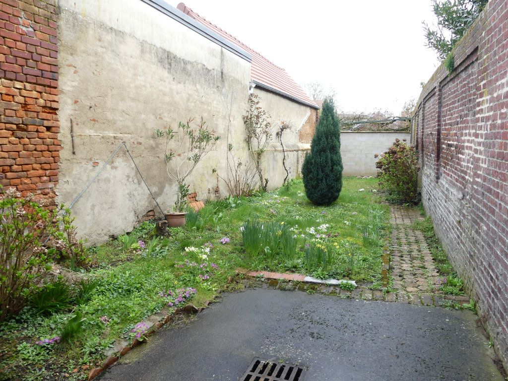 Maison à vendre 4 113m2 à Saint-Just-en-Chaussée vignette-3