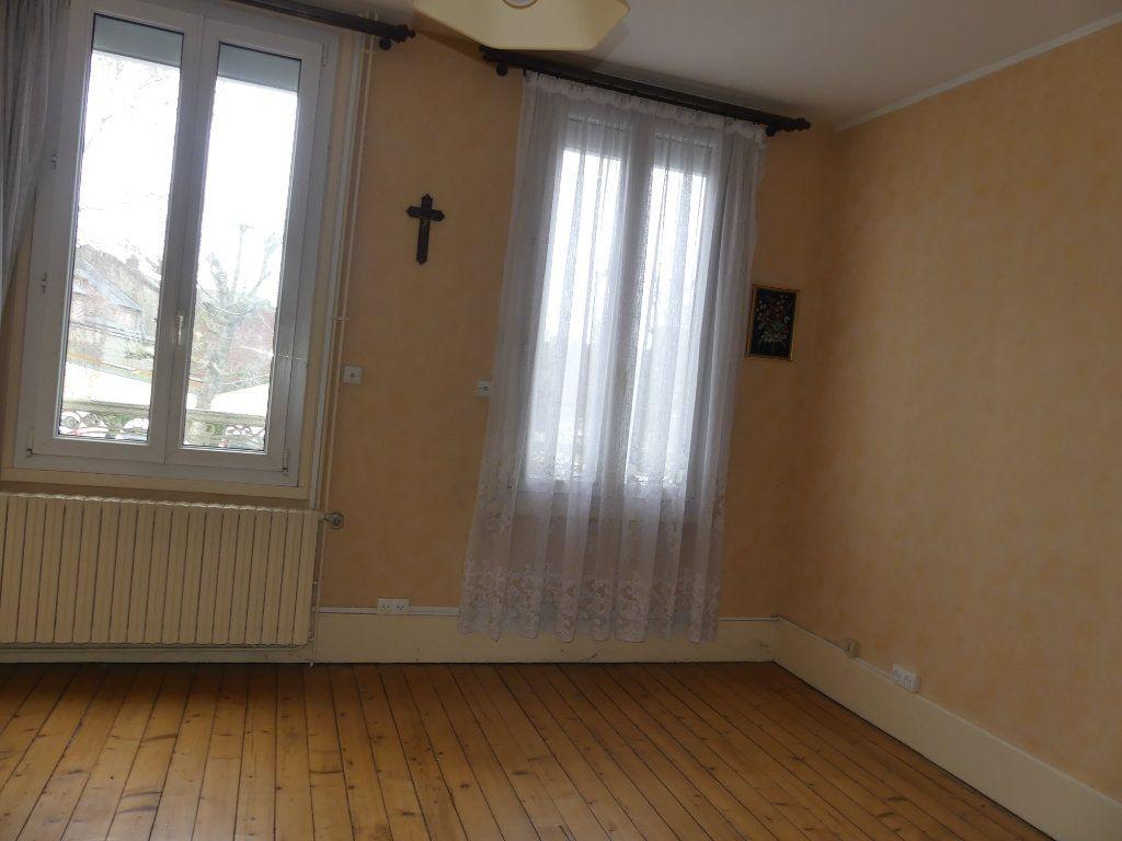 Maison à vendre 4 113m2 à Saint-Just-en-Chaussée vignette-8