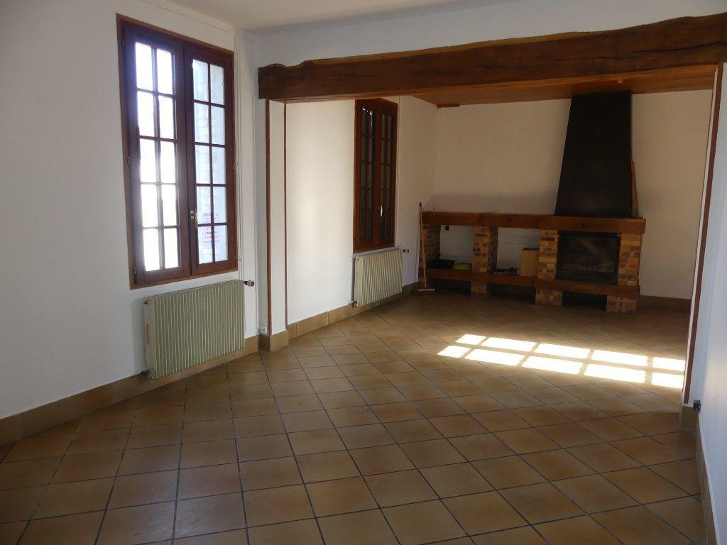 Maison à vendre 5 0m2 à Courcelles-Epayelles vignette-3