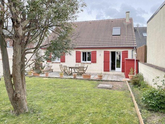 Maison à vendre 6 122m2 à Saint-Just-en-Chaussée vignette-1