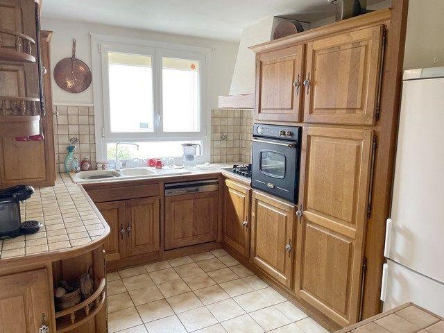 Maison à vendre 6 122m2 à Saint-Just-en-Chaussée vignette-2