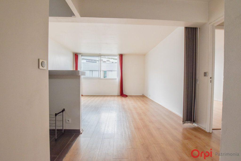 Appartement à vendre 2 55m2 à Paris 12 vignette-2