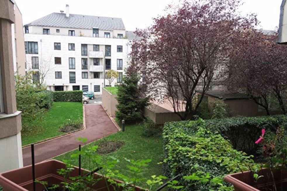 Appartement à vendre 1 30m2 à Vincennes vignette-2