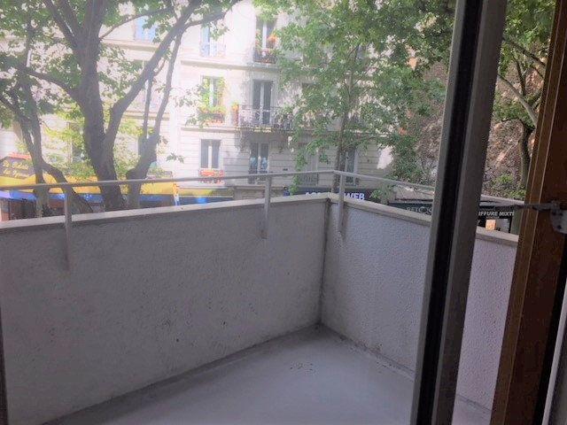 Appartement à louer 3 70.14m2 à Paris 20 vignette-7