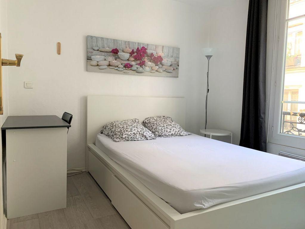 Appartement à louer 2 22m2 à Paris 12 vignette-4
