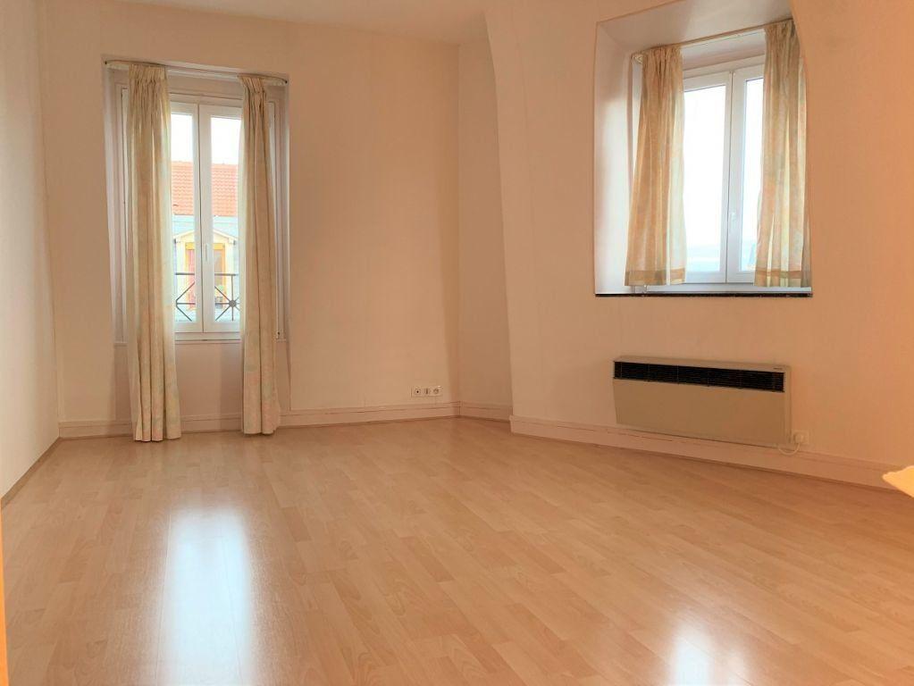 Appartement à louer 2 40.05m2 à Paris 11 vignette-2
