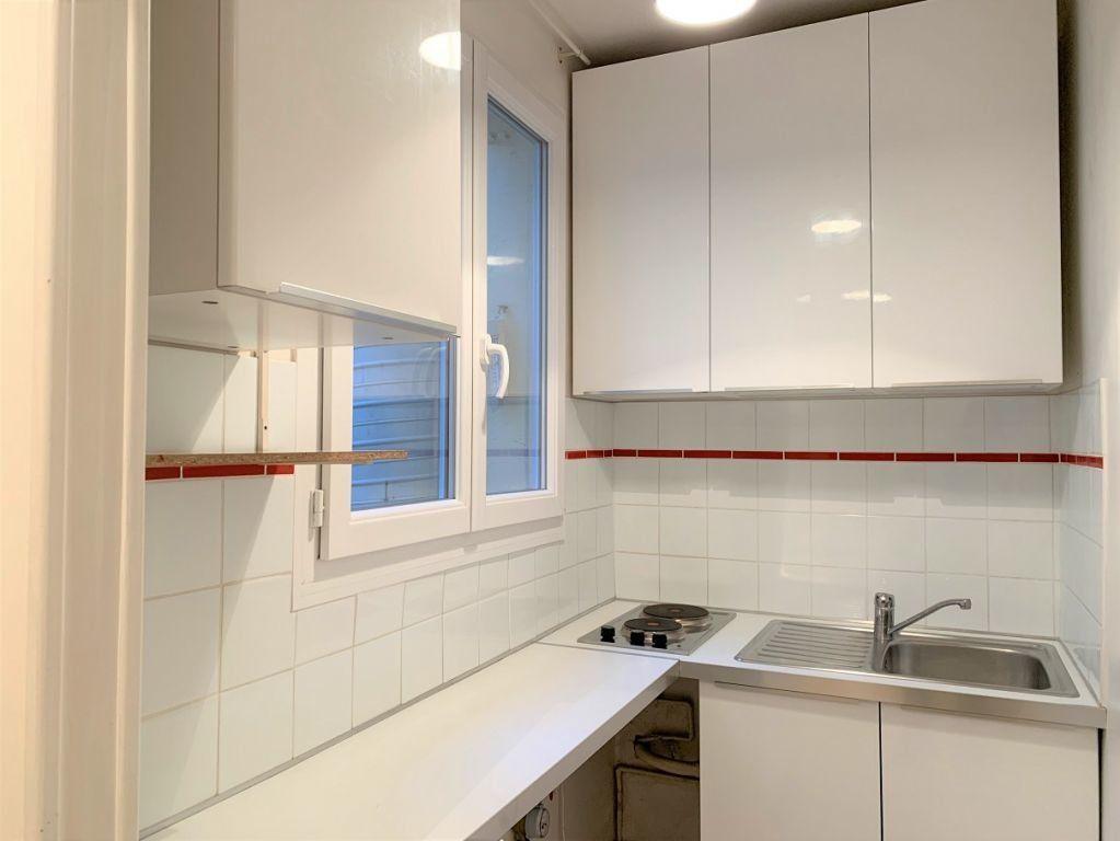 Appartement à louer 2 40.05m2 à Paris 11 vignette-4