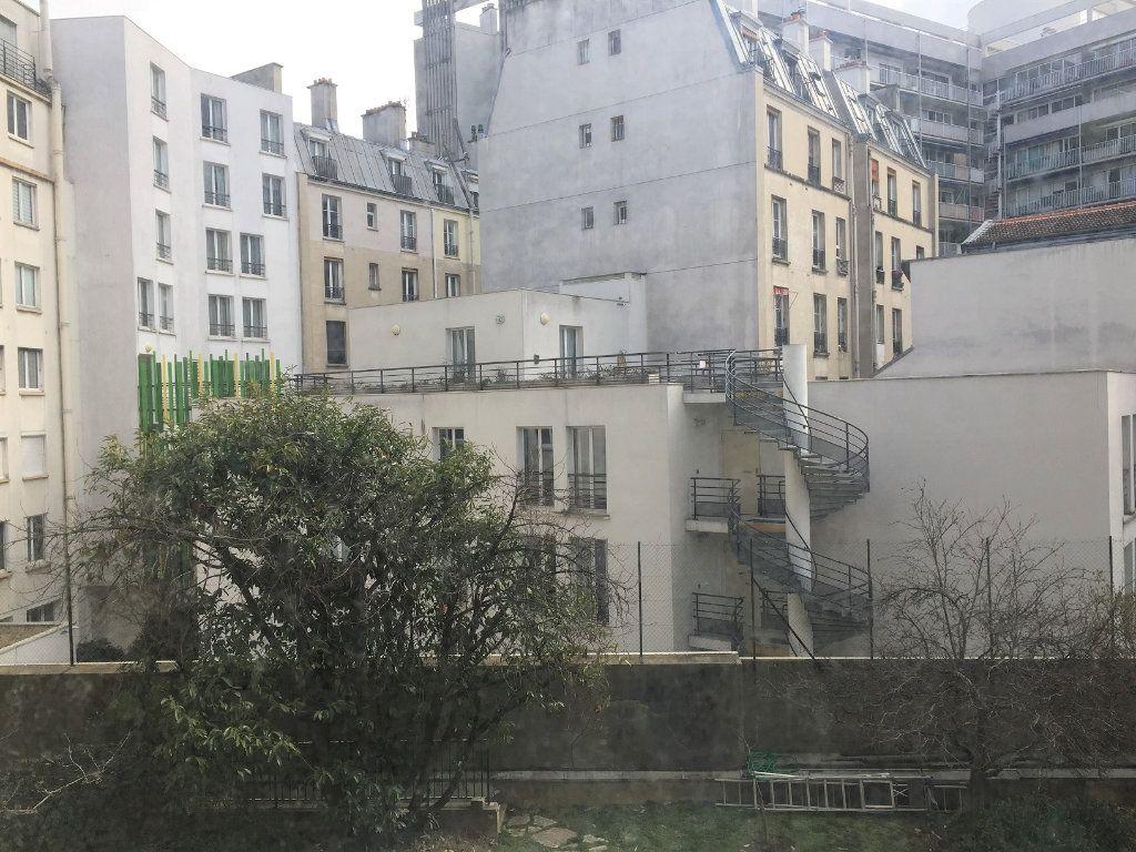 Appartement à louer 1 27.86m2 à Paris 10 vignette-11