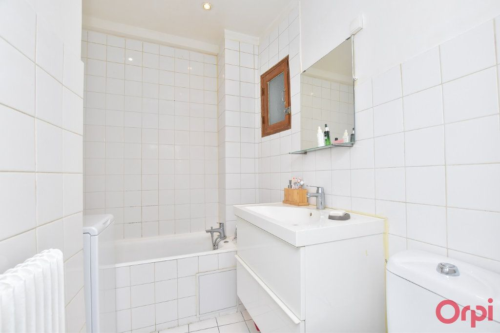 Appartement à vendre 2 49.68m2 à Paris 9 vignette-7