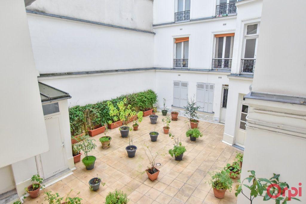 Appartement à vendre 2 49.68m2 à Paris 9 vignette-8