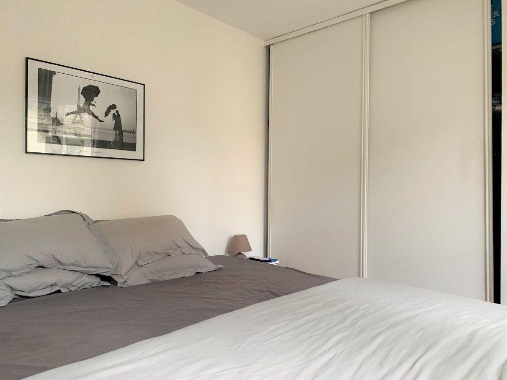 Appartement à louer 2 44.1m2 à Paris 2 vignette-5