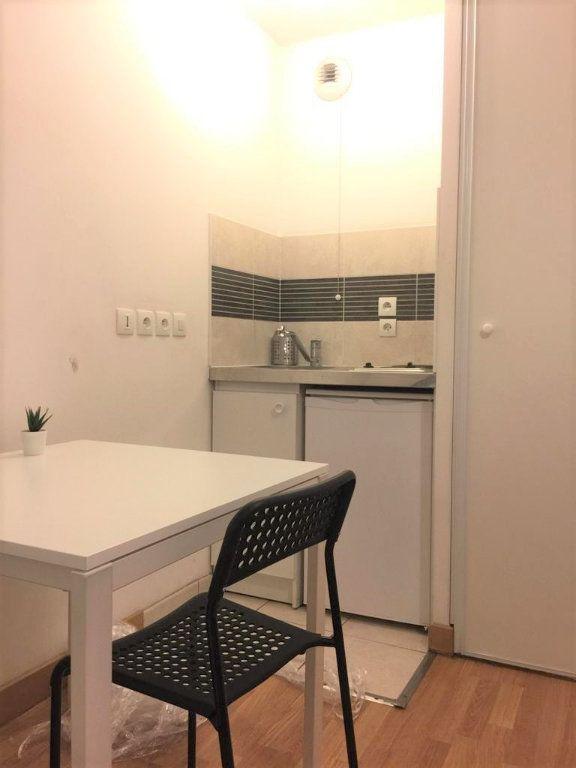 Appartement à louer 1 20m2 à Villejuif vignette-4