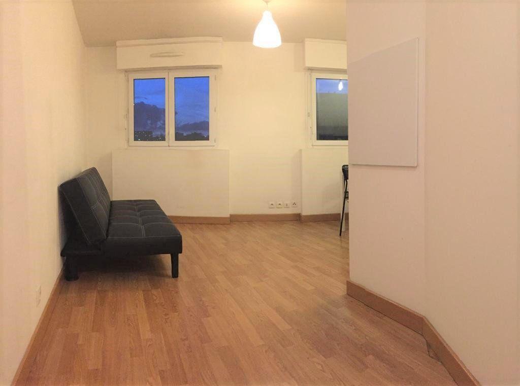 Appartement à louer 1 20m2 à Villejuif vignette-5