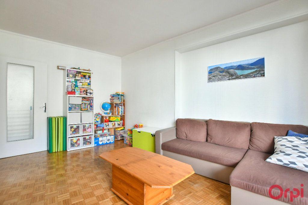 Appartement à vendre 3 66.8m2 à Paris 12 vignette-4