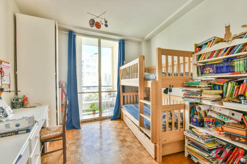 Appartement à vendre 3 66.8m2 à Paris 12 vignette-6