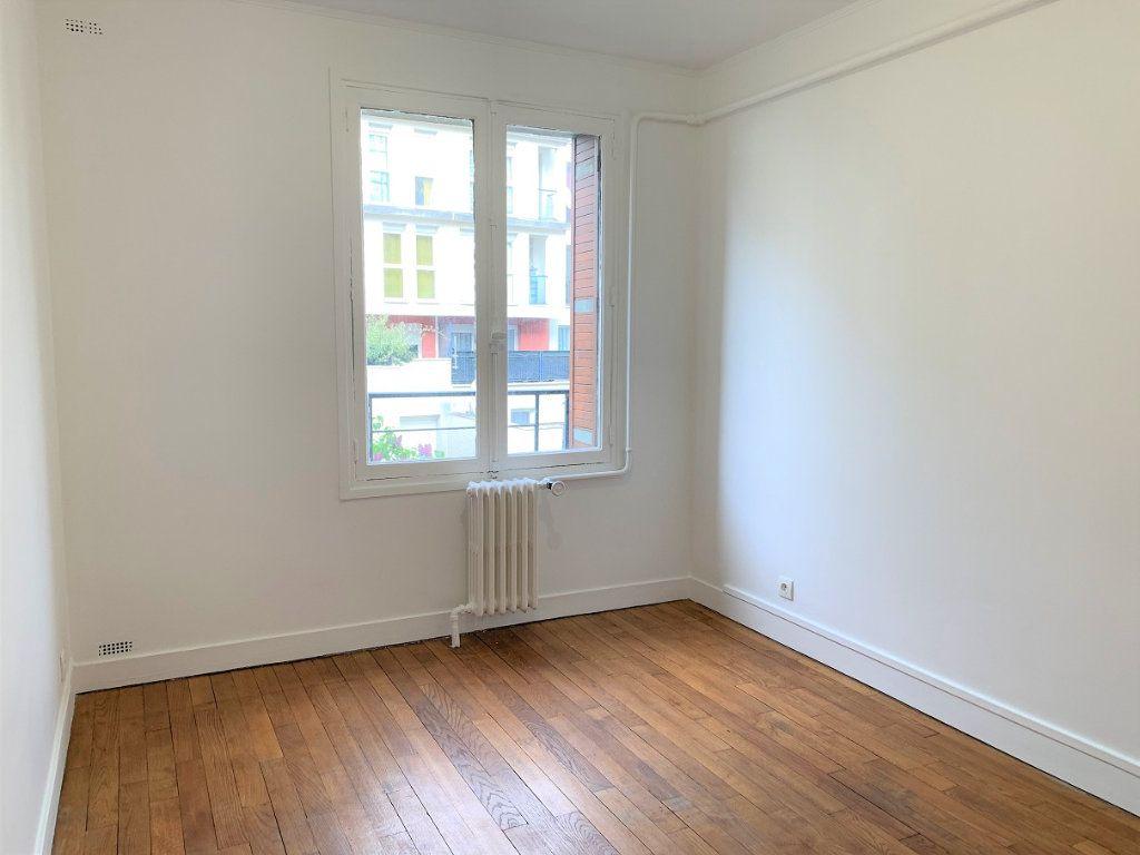 Appartement à louer 3 55.18m2 à Bagnolet vignette-5