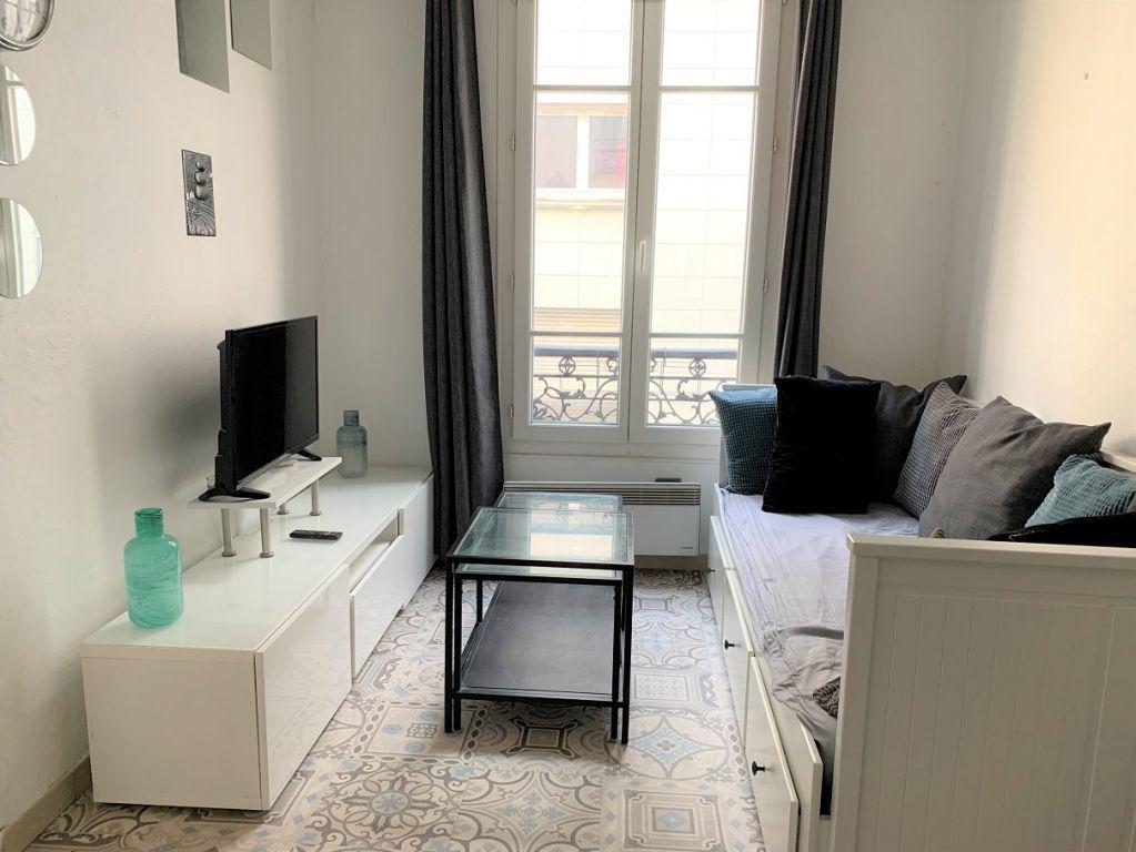 Appartement à louer 2 21m2 à Paris 12 vignette-3