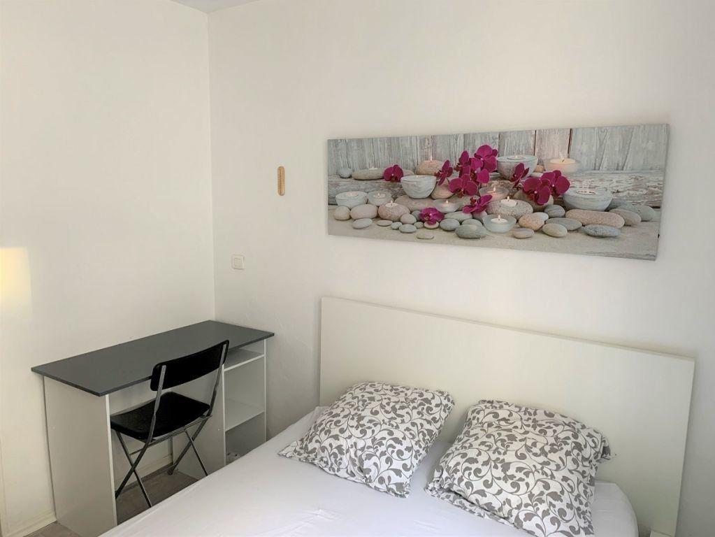 Appartement à louer 2 21m2 à Paris 12 vignette-6