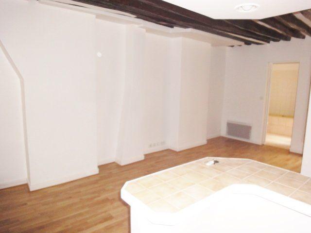 Appartement à louer 2 32.07m2 à Paris 9 vignette-1