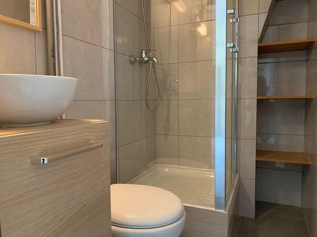 Appartement à louer 1 14.2m2 à Paris 4 vignette-3