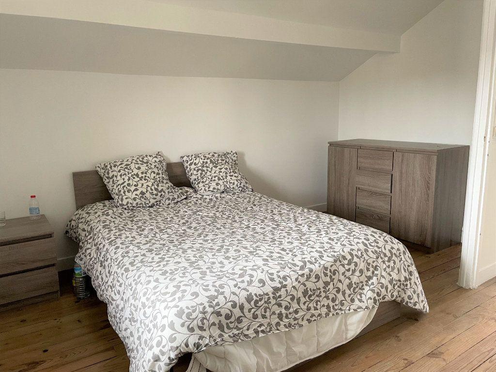 Maison à louer 6 117.5m2 à Rosny-sous-Bois vignette-6