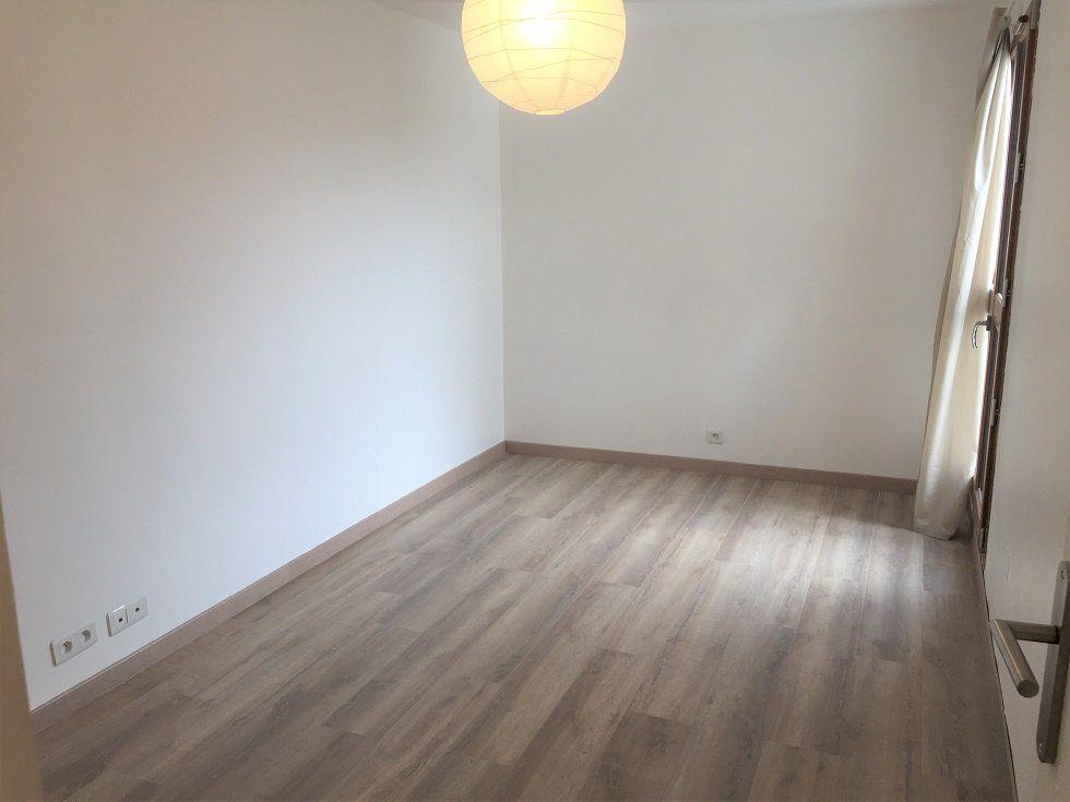Appartement à louer 3 69.05m2 à Vincennes vignette-5