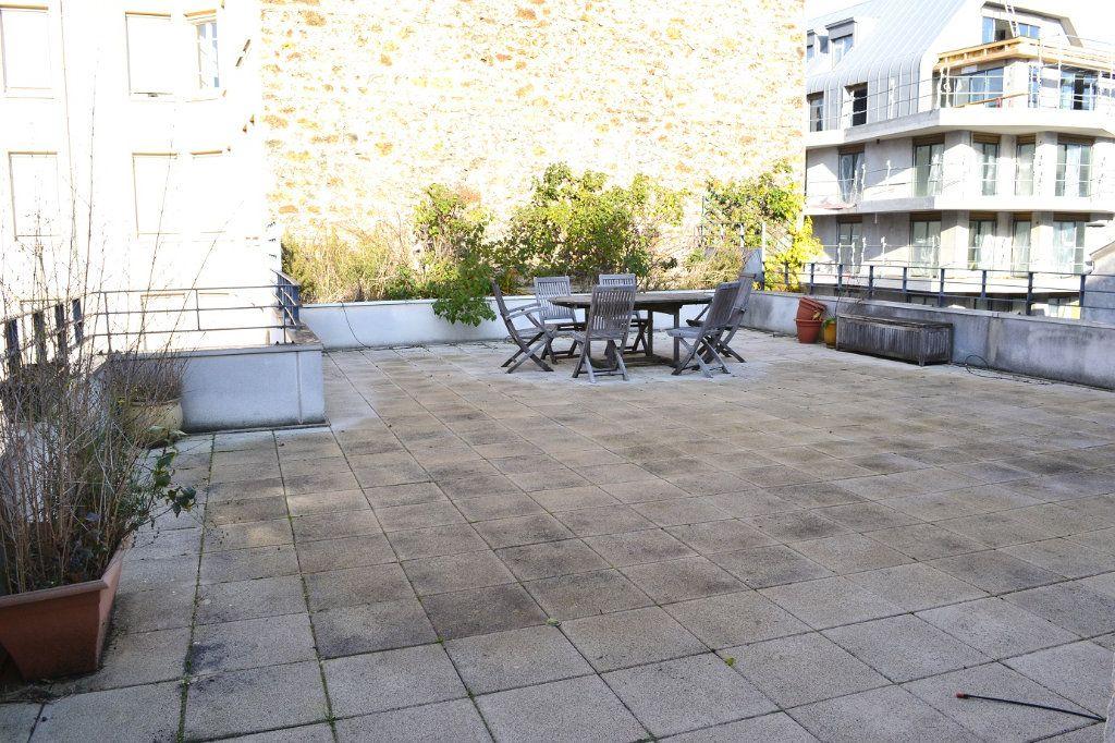 Appartement à louer 2 38.36m2 à Paris 11 vignette-2