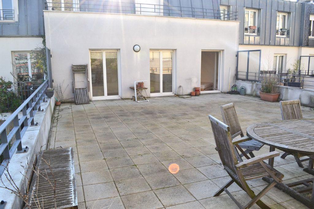 Appartement à louer 2 38.36m2 à Paris 11 vignette-3
