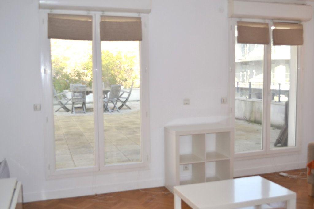Appartement à louer 2 38.36m2 à Paris 11 vignette-5