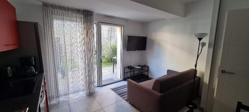 Appartement à louer 1 35m2 à Aix-les-Bains vignette-3