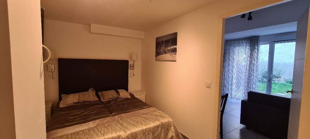 Appartement à louer 1 35m2 à Aix-les-Bains vignette-5