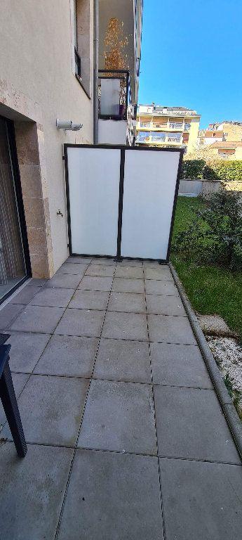 Appartement à louer 1 35m2 à Aix-les-Bains vignette-8