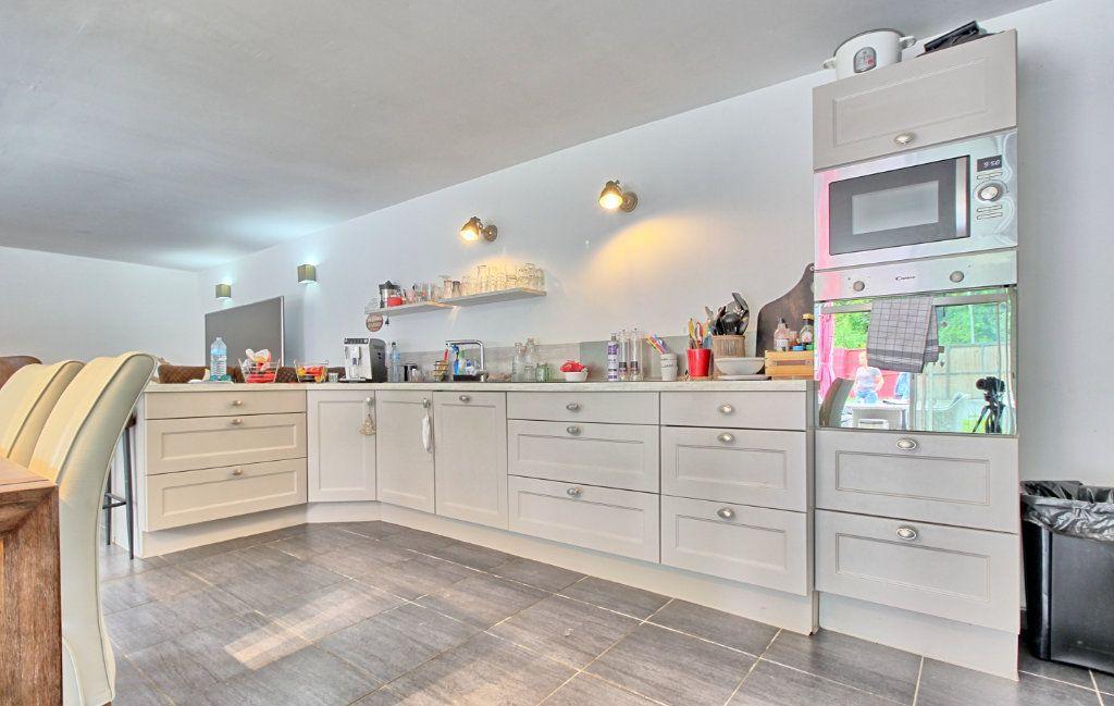 Maison à vendre 10 190m2 à Estrées-Saint-Denis vignette-5