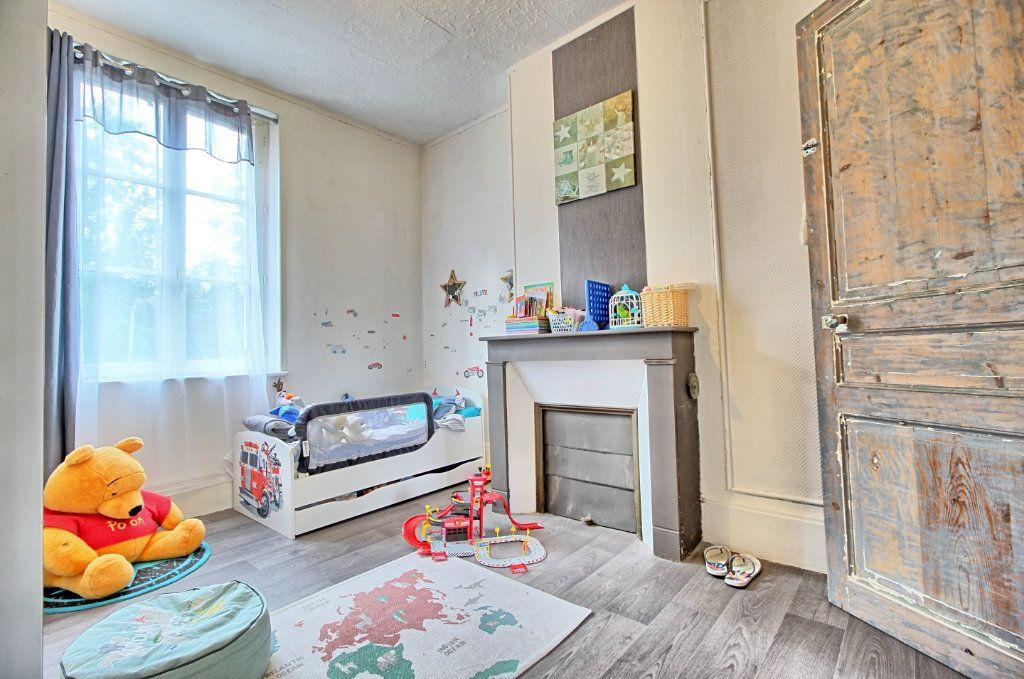 Maison à vendre 10 190m2 à Estrées-Saint-Denis vignette-9