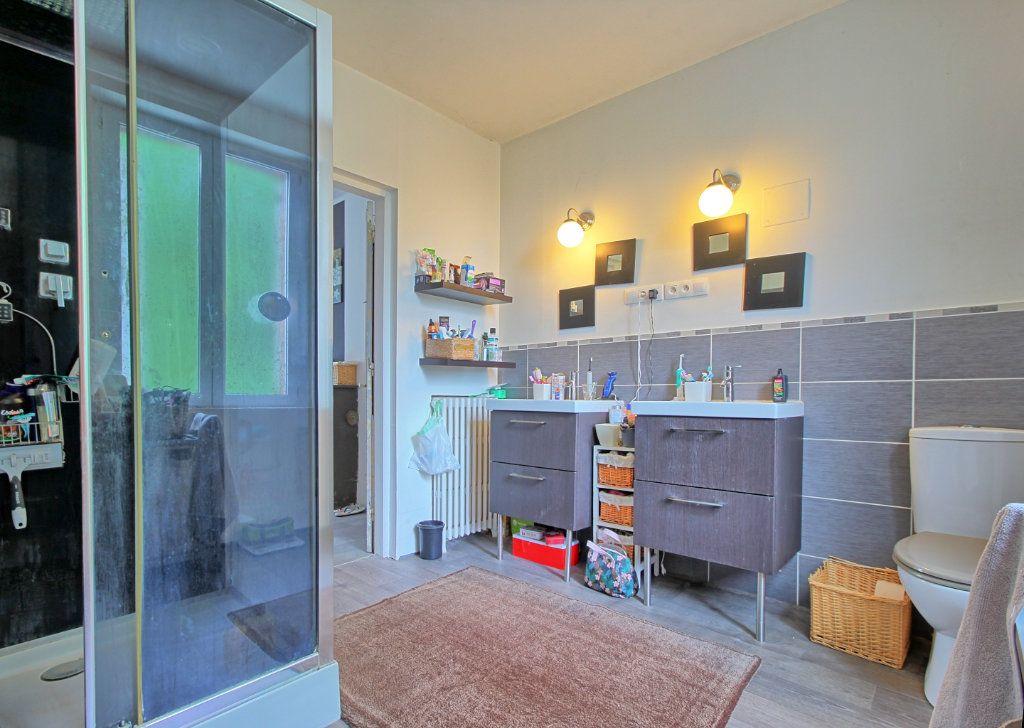Maison à vendre 10 190m2 à Estrées-Saint-Denis vignette-12
