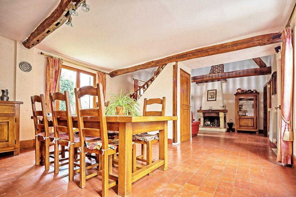 Maison à vendre 6 135m2 à Estrées-Saint-Denis vignette-1