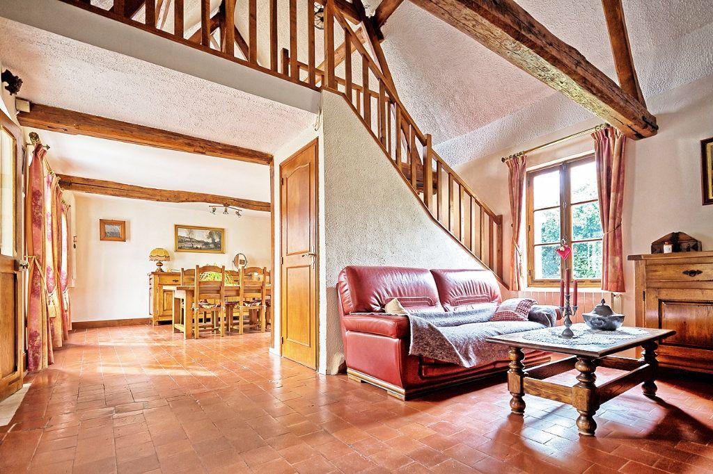 Maison à vendre 6 135m2 à Estrées-Saint-Denis vignette-2