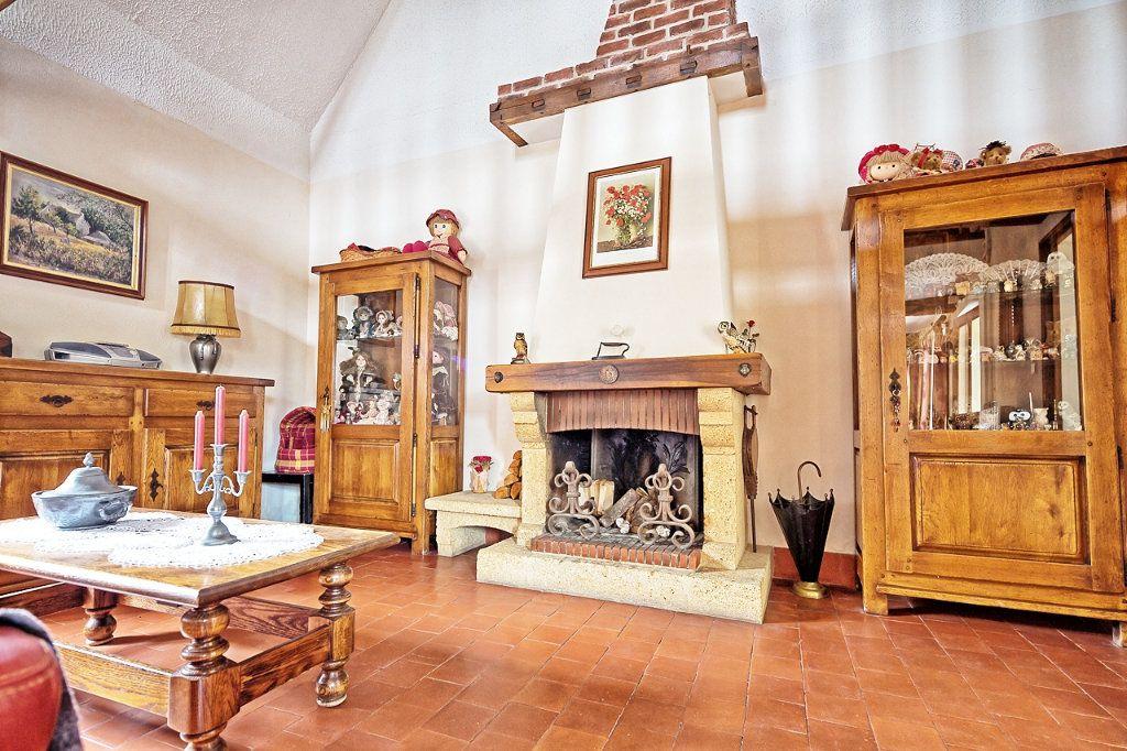 Maison à vendre 6 135m2 à Estrées-Saint-Denis vignette-4