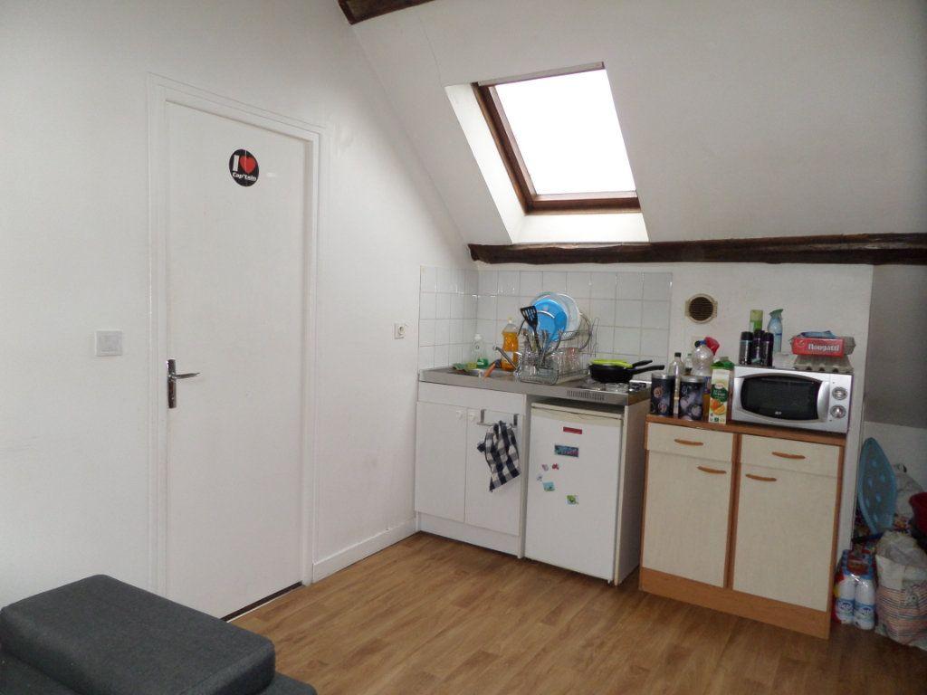 Appartement à louer 2 29m2 à Estrées-Saint-Denis vignette-2