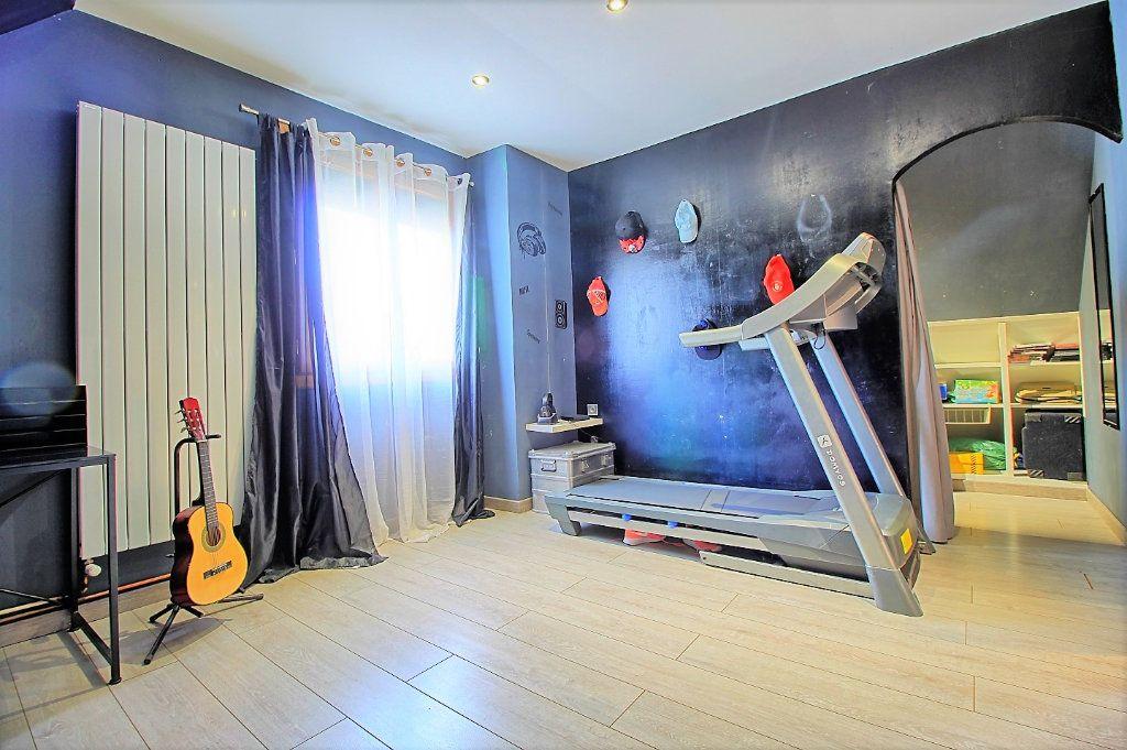 Maison à vendre 7 150m2 à Estrées-Saint-Denis vignette-7