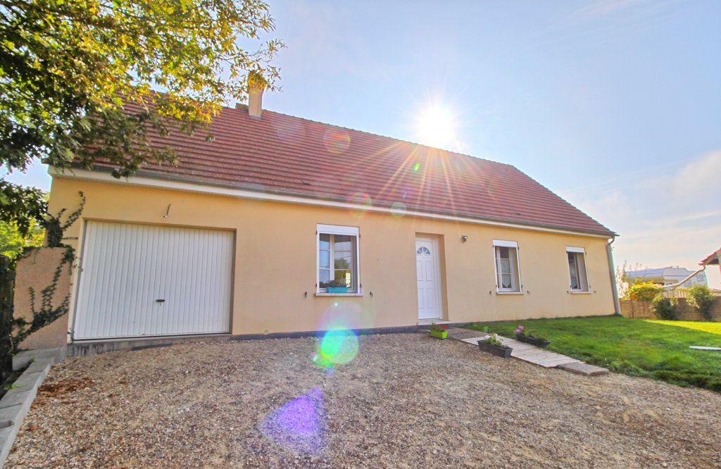 Maison à vendre 5 83m2 à Estrées-Saint-Denis vignette-2
