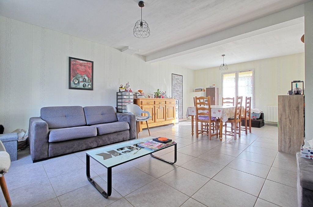 Maison à vendre 5 83m2 à Estrées-Saint-Denis vignette-3