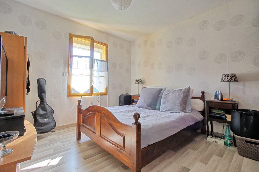 Maison à vendre 5 83m2 à Estrées-Saint-Denis vignette-5