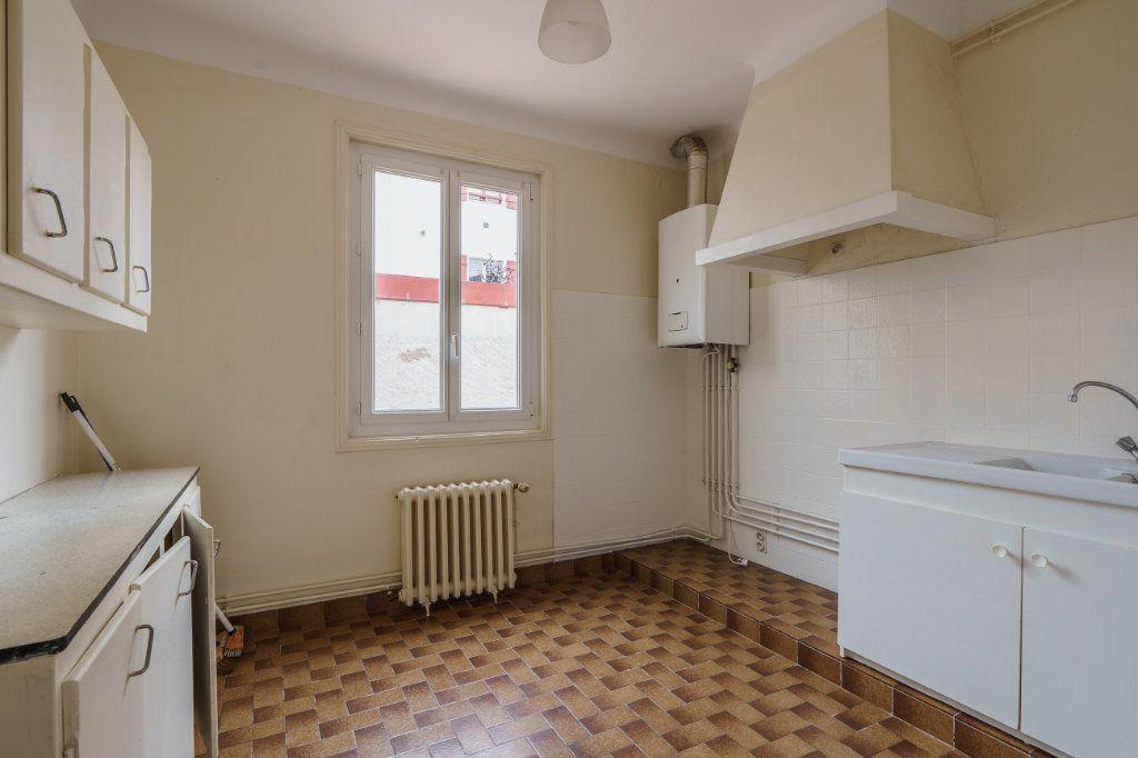 Appartement à vendre 3 51.3m2 à Saint-Jean-de-Luz vignette-2