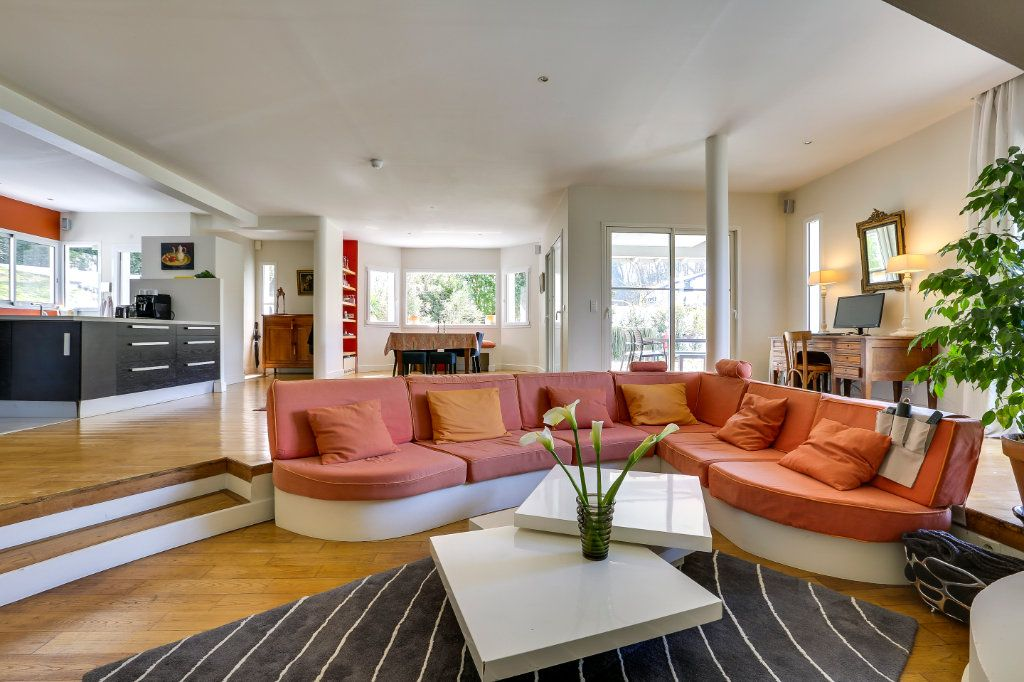 Maison à vendre 7 215m2 à Urrugne vignette-2