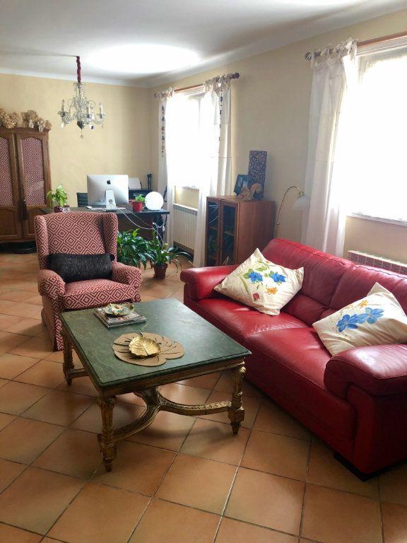 Appartement à vendre 3 104m2 à Hendaye vignette-5