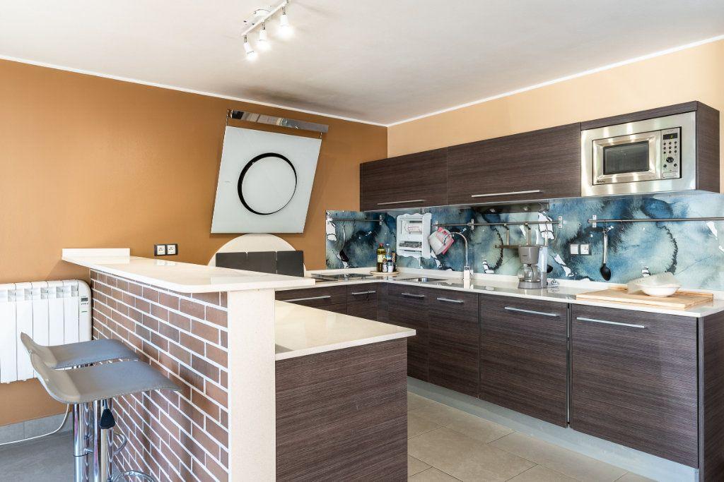 Appartement à vendre 3 52m2 à Hendaye vignette-1