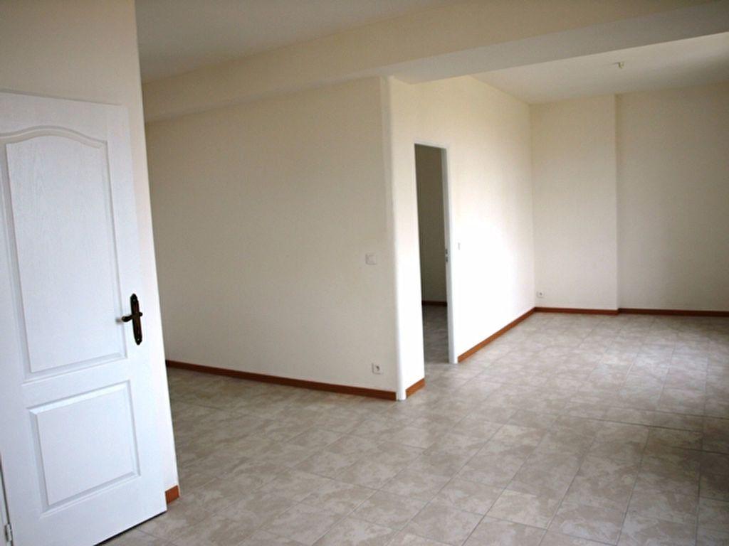 Appartement à louer 2 42.9m2 à Neuilly-en-Vexin vignette-2